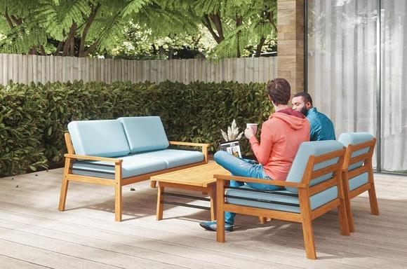 Lounge Set by Vifah